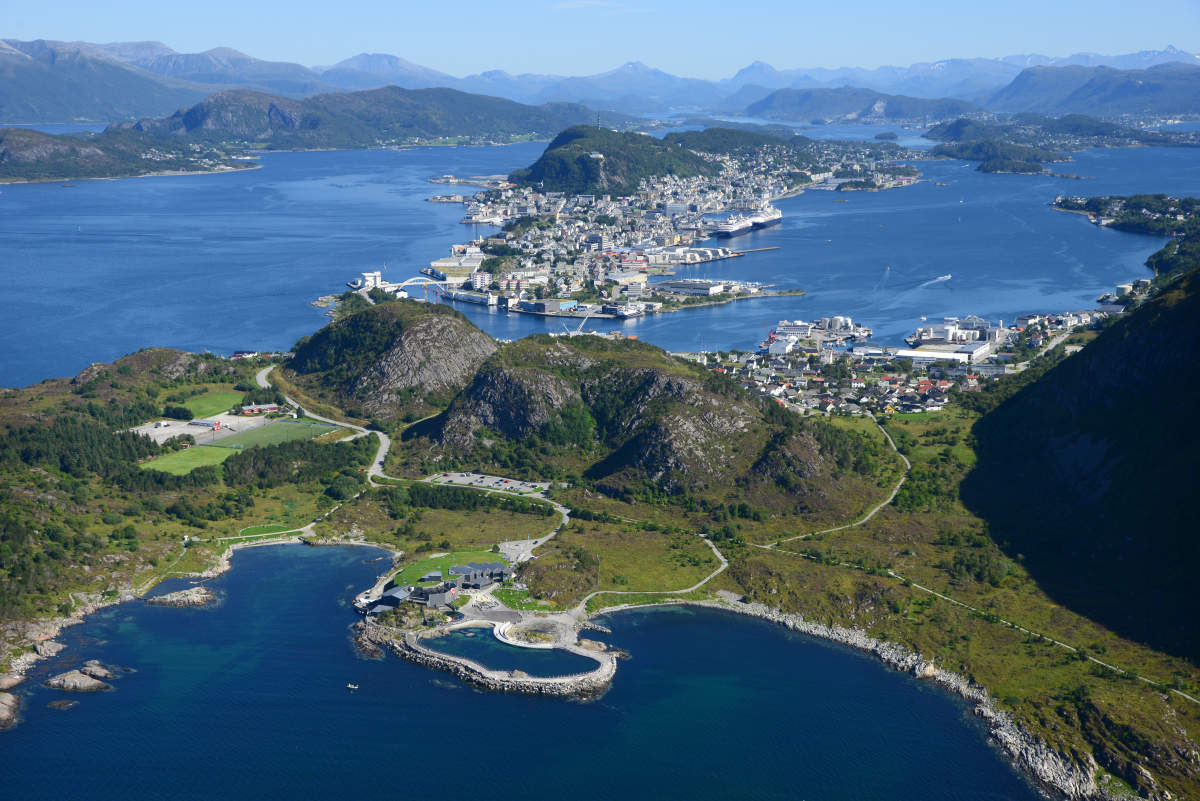 �'Ҽ��ձ����� Royal Caribbean Cruise �������ɺ� Serenade of the seas Ų��Ͽ��11���������� 2017��8��17�ձ������� �籾�����Ǵ� ���߱��:77178171
