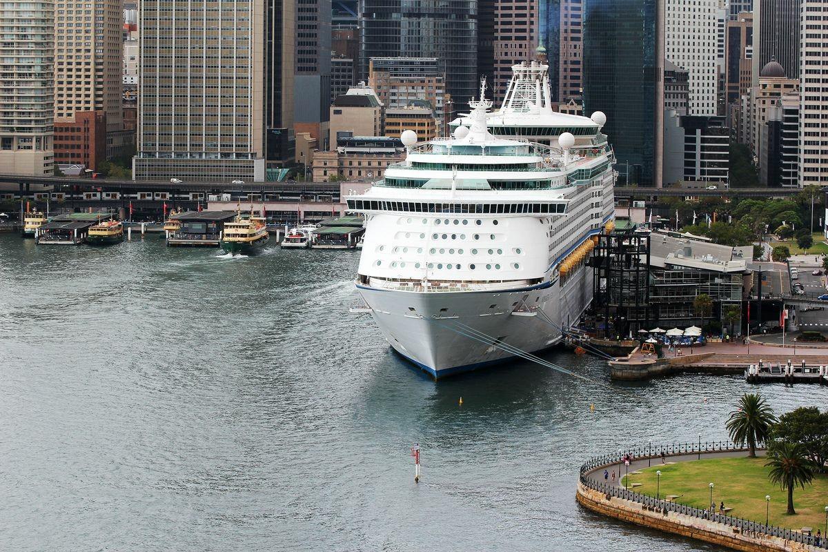 �'Ҽ��ձ����� Royal Caribbean Cruise �������ߺ� Voyager of the Seas �¼���-�ij�-�ռ���-�¼���������7���������� 2018��5��6�ձ������� �¼��µǴ� ���߱��:7718050611