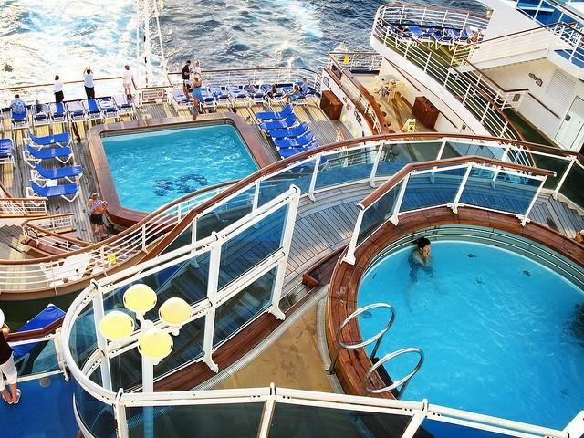 �������� Princess Cruises �ʹڹ����� Crown Princess �����������������������������ֱ�����ӵ��к�+�����������15������������� 2018��7��30�ձ������� ���������ϴ� ���߱��:7718073011