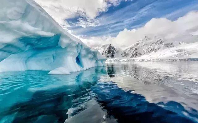 �²�̽�չ�˾ Albatros Expeditions �����������ٺ� Ocean Atlantic �����������䱱��֮ѡ14������̽�� 2019��6��26�ձ������� �������ǵǴ� ���߱��:7719062611