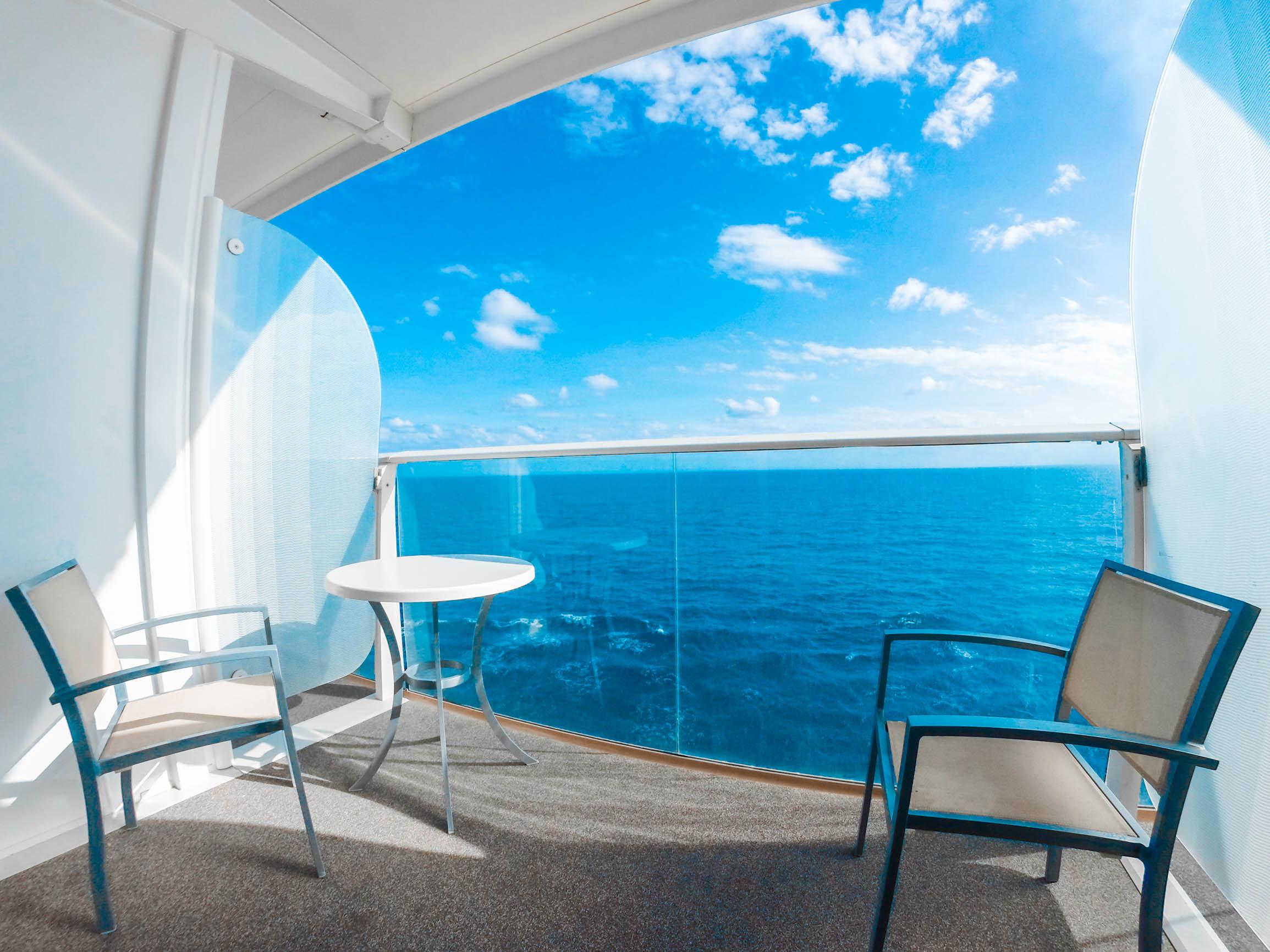 �'Ҽ��ձ����� Royal Caribbean Cruise �������� Oasis Of The Seas ���к�+����15����Ⱥ����������� 2019��8��6�ձ������� �������ǵǴ� ���߱��:7719080611